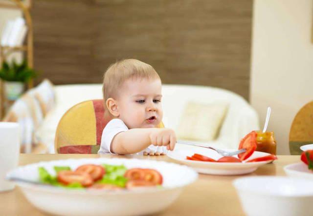 婴儿喂养小窍门
